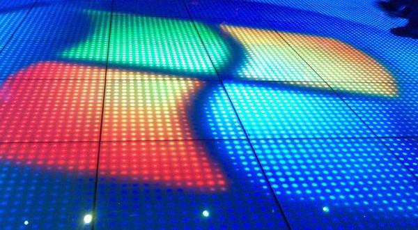 """شركة مايكروسوفت تعتزم إطلاق نظام التشغيل """"ويندوز 9"""" في أبريل 2015"""