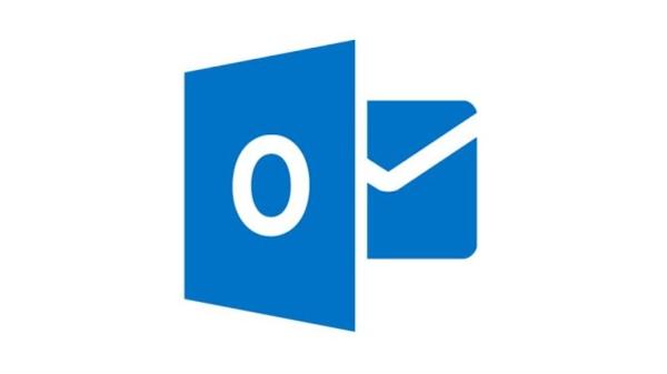 مايكروسوفت تعلن عن إضافة مزايا جديدة إلى خدمة البريد الإلكتروني
