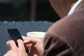 أجهزة المحمول اكثر منافسة للحواسب الشخصية فى استخدام الانترنت